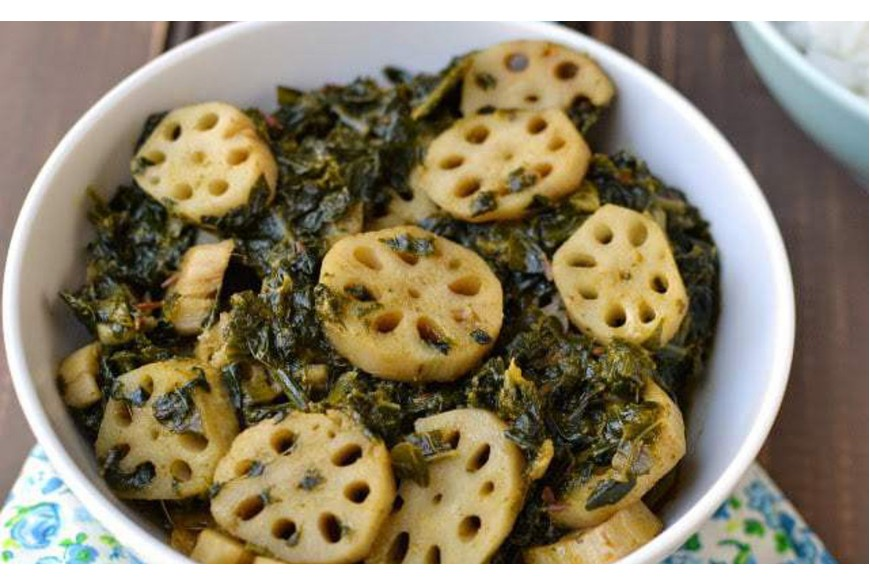 Kashmiri Palak Nadir: Spinach and Lotus Stem Curry